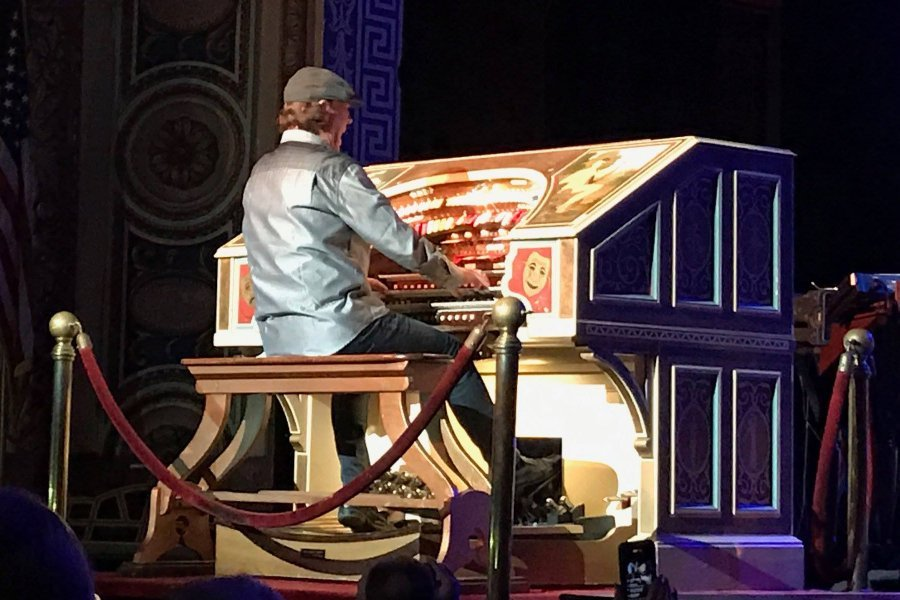Roger Boyd on the Riviera Theatre's Mighty Wurlitzer Organ